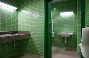 Thiết kế phòng tắm cho người cao tuổi: Đừng bỏ qua tiêu chí an toàn