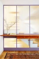 Những giải pháp thiết kế bằng kính cho ngôi nhà thiếu sáng